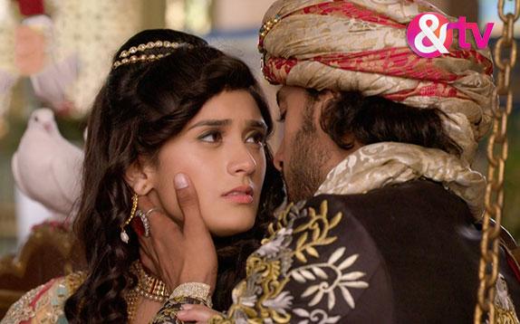 Razia Sultan EP 135 04 Sep 2015