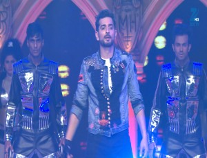 Rana Ji and Sid - Performance - Episode 1 - December 06, 2015 - Zee Rishtey Awards 2015