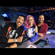 Indian-origin superstar Alyssa Raghu receives a special vote from Katy Perry for Top 10 on American Idol!