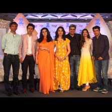 Woh...Apna Sa - Premieres on 23rd January, airs Monday-Friday at 10:00 PM on Zee TV