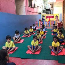 Kidzee celebrates Yoga Day with #YogaWithKidzee