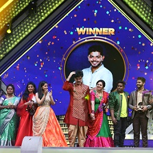 Aslam emerges victorious in the latest season of Zee Tamil's Sa Re Ga Ma Pa Seniors Season 2