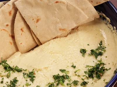 Hummus made easy – A classic on your plate!