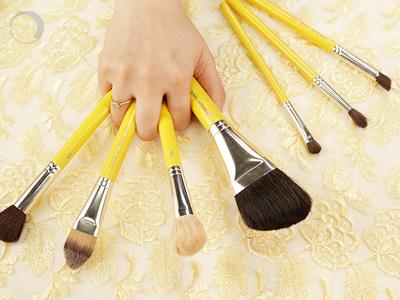Makeup Hygiene – Sins to avoid