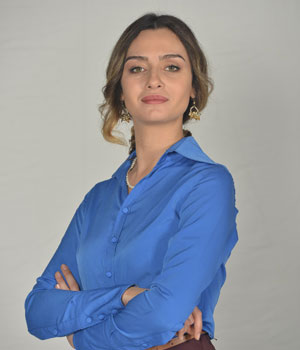 Birce Akalay as Sinem