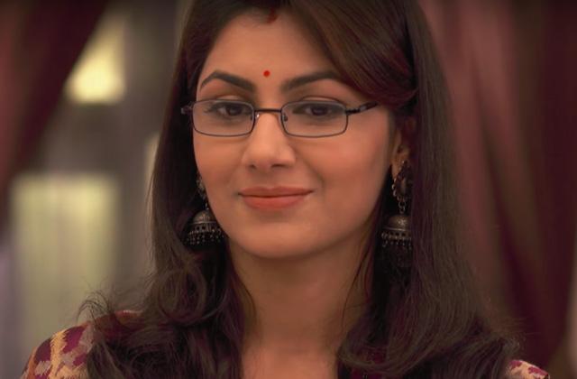 Abhi misses Pragya - Kumkum Bhagya | ZEETV