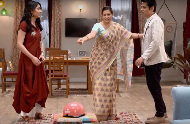 Aditya Visits Jhanvi's Place – Woh Apna Sa