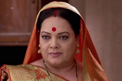 Ammaji Upset With Urmila - Kahe Diya Pardes