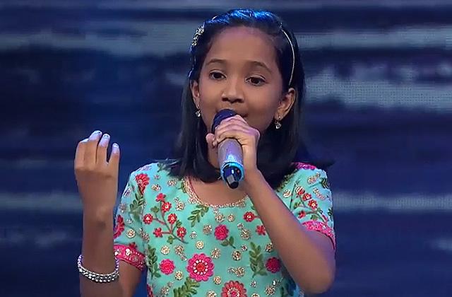 Anjali Gaikwad Sings Tu Chanda Main Chandni & Khatuba Khatuba Sa Re Ga Ma Pa Lil Champs 2017 - October 22, 2017 | ZEETV