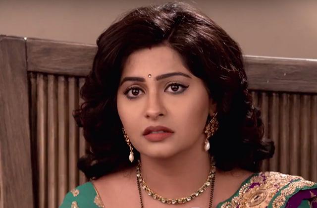 Anurag And Ragini At War - Agnifera | &(AndTv)