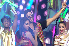 Arjun Bijlani, Pranav Misshra, Jyoti Sharma & Debina Rock The Retro-Mix | Full Performance | Zee Gold Awards 2017