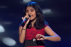 Deblina Nath Sings Roz Roz Aankhon Tale Song The Voice India Kids Season 2 - December 9, 2017 | &(AndTv)