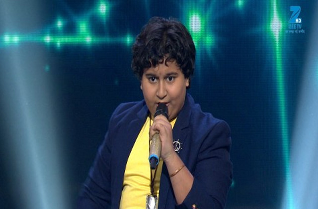Dhroon Tickoo Sings Bachna Ae Haseeno Sa Re Ga Ma Pa Lil Champs 2017 - August 20, 2017 | ZEETV