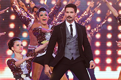 Flashback ZCA 2016 - Shahid Enthralls the Audience in New Look | ZEE Cine Awards 2017 - OZEE