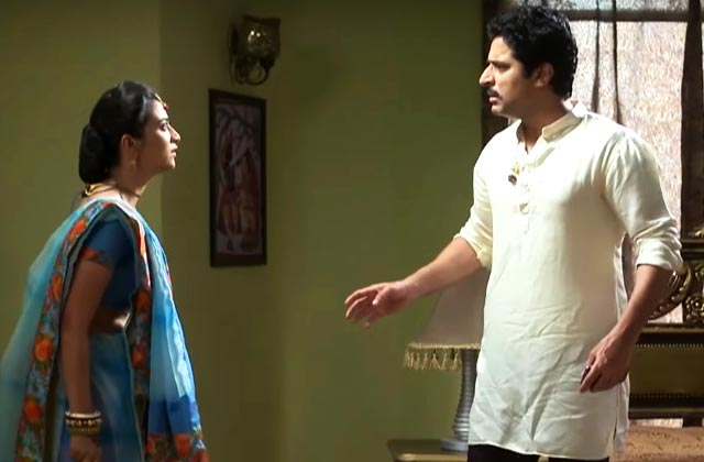 Gangaa Fights With Shiv - Gangaa