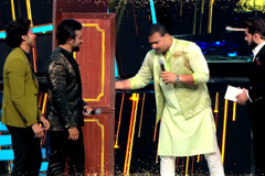 Gold Awards | TV Stars Ka Darwaja Tod Moment | 16th July, Sunday at 5.30 PM. Only On Zee Tv.