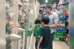 Hrthik Roshan Spotted Shopping With Kids In Madrid
