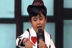 Jayas Kumar Sings Nayak Nahi Khalnayak Hoon Main Sa Re Ga Ma Pa Lil Champs 2017 - September 16, 2017   ZEETV