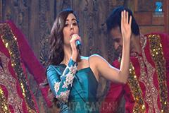 Jonita Gandhi Performs on 'Saiya Ji Se Aaj Maine Breakup kar liya' song - MMA 2017