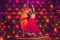 kalpita kachroo's Bollywood Kathak Style Dance Performance On Nagada Sang Dhol Song Dance India Dance 2017 - November 19 | ZEETV