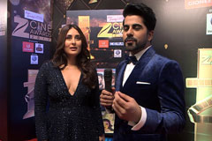 Kareena Kapoor on the red carpet of Zee Cine Awards 2017 - Exclusive