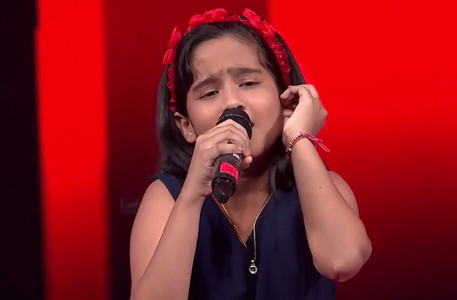 Krishnakshree Das Sings Aao Huzoor Tumko Songs The Voice India Kids Season 2 - December 9, 2017 | &(AndTv)