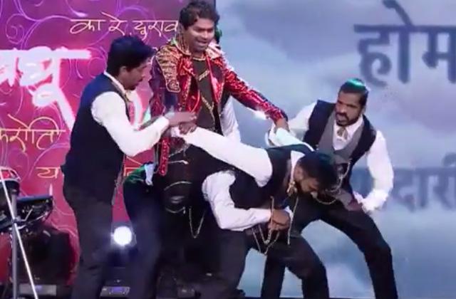 Kushal Badrike's Dance Performance On Title Track Of Chala Hawa Yeu Dya | Nakshatranche Dene | Zee Marathi