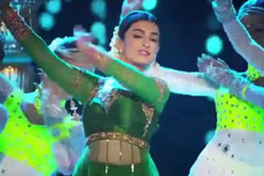 Mahi's Classical Performance | Zee Rishtey Awards 2016
