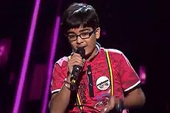 Moksh Gulhati Sings Ghul Mil Ghul Mil Launda Song The Voice India Kids Season 2 - December 9, 2017   &(AndTv)