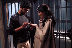 Naren & Pooja's engagement in the jail - Piyaa Albela | ZEETV