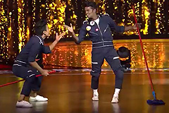 Paramdeep & Alphons Chetty's Old-school hip hop style performance on Oh ho ho ho| Dance India Dance 2017 – December 23 | ZEETV