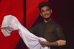 Paramdeep Singh's Tutting Contemporary Dance Style Performance On Main Agar Sitaro Se Chura Ke Lau Roshni Song Dance India Dance 2017 - November 19 | ZEETV