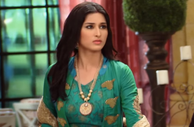 Pooja Accused Of Robbery -  Piyaa Albela | ZEETV