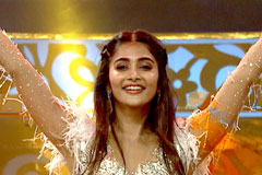 Pooja Hegde's Seeti Maar Performance  | Golden Awards 2017 | Zee Telugu