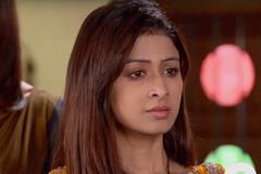 Preet Stuck Between Amba & Raj - Waaris   &(AndTv)