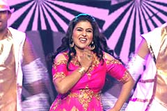 Pyumori Mehta Ghosh's Performance On Hawa Hawai | Zee Rishtey Awards 2017