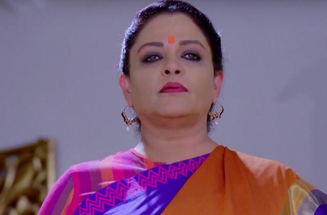 Rani Consoles Kavya - Vani Rani | &(AndTv)