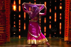 Ria, Alphons & Shivam's Bollywood Freestyle Dance Performance On Badri Ki Dulhaniya Song Dance India Dance 2017 - December 2   ZEETV