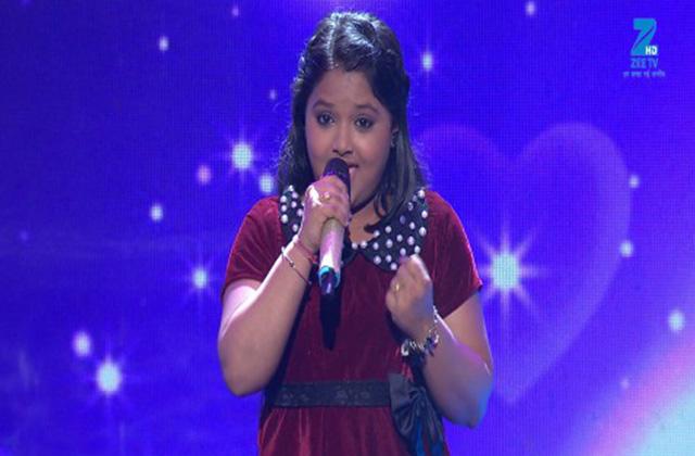 Riya Biswas Singing Mohabbat Buri Bimari - Sa Re Ga Ma Pa Lil Champs 2017 - June 17,2017 |ZEETV