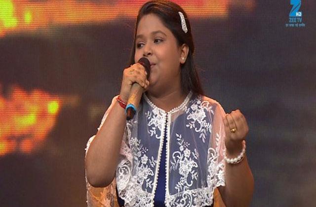 Riya Biswas Sings Aisa Sama Na Hota Sa Re Ga Ma Pa Lil Champs 2017 - September 16, 2017 | ZEETV
