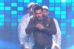 Salman Rocking Performance on Baby Ko Bass Pasand hai & Sajan Redio | Big Entertainment Awards 2017 | OZEE Exclusive