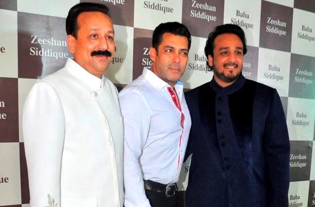 Salman, Shahrukh & More Celebs At Baba Siddiqui's Iftaar Party