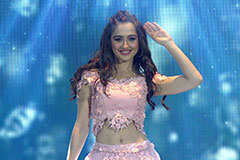 Sanjeeda Sheikh Performs With The TV Hunks | Zee Gold Awards 2017 | OZEE Exclusive
