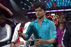 Sanket Performs On Bheegi Bheegi | Dance India Dance 2017 – February 4 | ZEETV