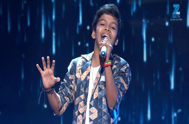 Satyajeet Singing Chehre Main Tere Khud Ko Main Dhundu - Sa Re Ga Ma Pa Lil Champs 2017 - June 17,2017 |ZEETV