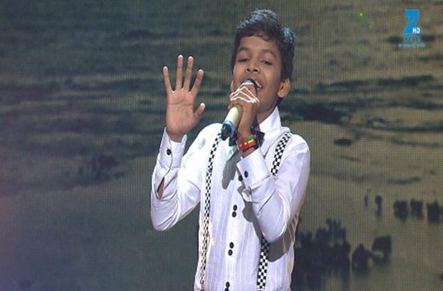 Satyajeet Singing Pal Pal Dil Ke Paas Tum Rehti Ho - Sa Re Ga Ma Pa Lil Champs 2017 - June 18,2017 |ZEETV