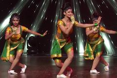 Shweta Sharda, Shweta Warrier & Kalpita Perform On Aye Hip Hopper   DID 2017   Before TV