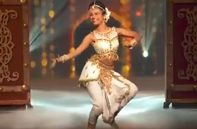 Shweta Warrier's Classical Dance Style Dance Performance On Apsara Ali Song Dance India Dance 2017 - November 18 | ZEETV