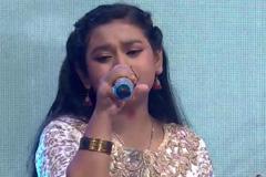 Sonakshi Kar Sing Patriotic Song Vande Mataram On Independence Day Special at Sa Re Ga Ma Pa Lil Champs 2017 - August 13, 2017 | ZEETV