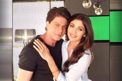 SRK And Shilpa Catch Up On Sets